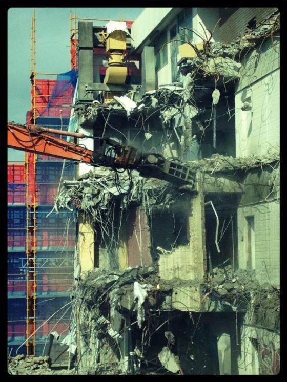 51-365Om nom nom. L block demolition. QUT, Gardens Point Campus.